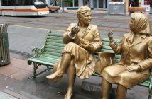 Sohbet Eden İki Yaşlı Kadın Fıkrası